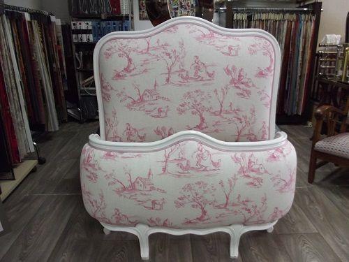 denis launay tapisserie d coration t te de lit bretagne pontivy. Black Bedroom Furniture Sets. Home Design Ideas